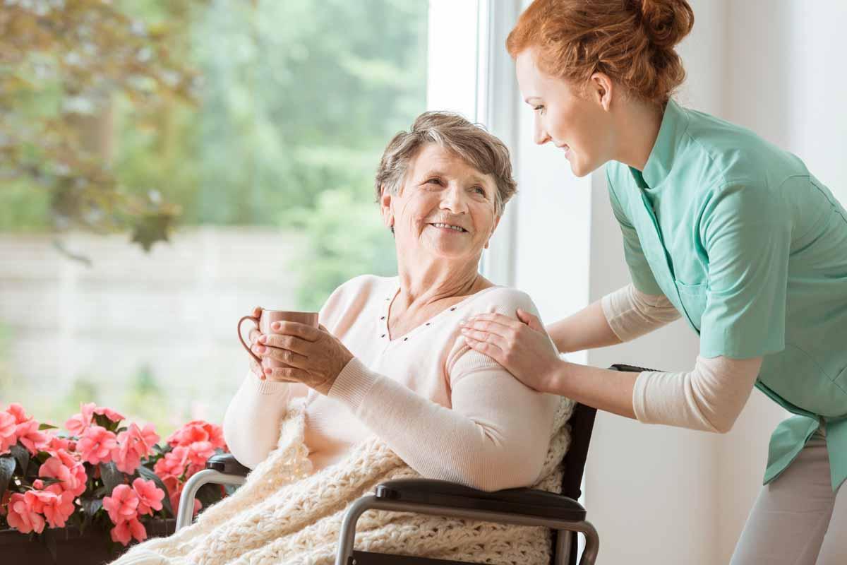 assistenza domiciliare anziani 24 ore su 24,assistenza anziani H24 milano,assistenza domiciliare a ore