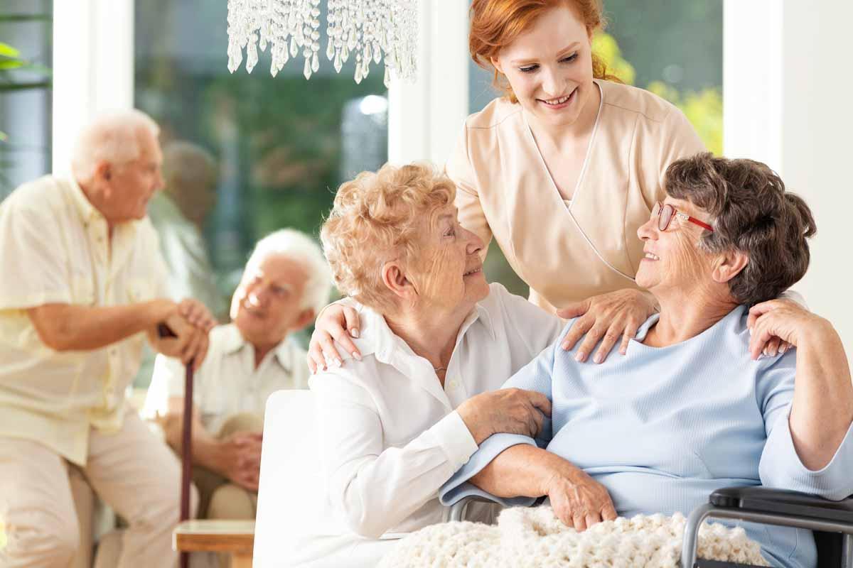assistenza domiciliare alla persona,assistenza anziani milano,agenzia badanti a milano